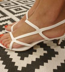 Bijele sandale s remencicima H&M