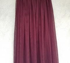 Crvena suknja od tila