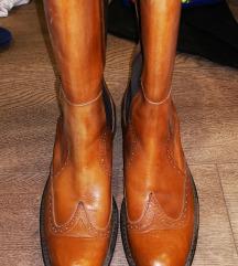 Kožne čizme 39