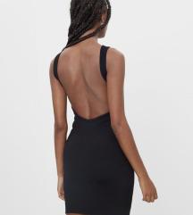 Bershka uska haljina otvorenih leđa
