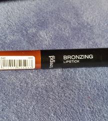 Trend it up bronzing lipstick