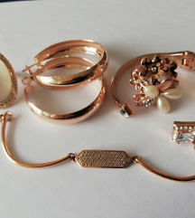 Lot nakita boja rozog zlata