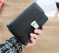 NOVO Sinsay crni preklopni novčanik