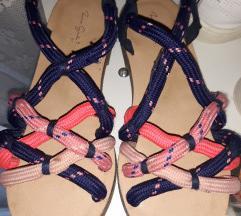 Zara sandale br 31
