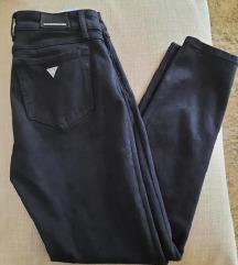 Guess crne hlače 28