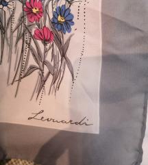 Marama sa cvijećem
