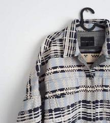 Oversized jaknica