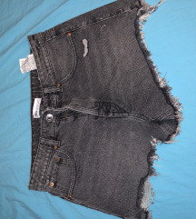 Nove Zara kratke hlačice