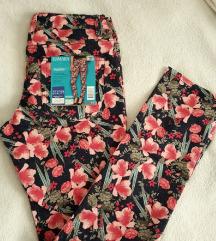 Cvjetne hlače - novo