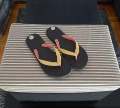 Sandale s resama, veličina 37