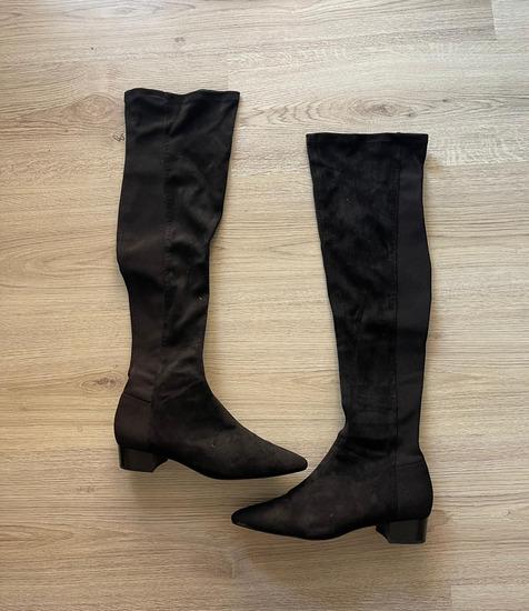 Zara visoke cizme - NOVE