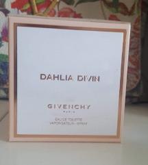 SNIŽEN Novi Givenchy parfem..original..50 ml