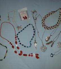 12 ogrlica i nausnice,postarina besplatna
