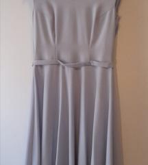 Svijetloplava svečana haljina