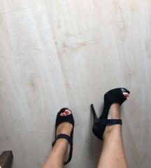 Jessica Simpson štikle