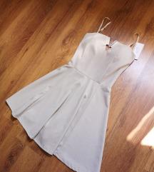 Krem haljina s etiketom