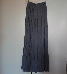 Duga plisirana suknja