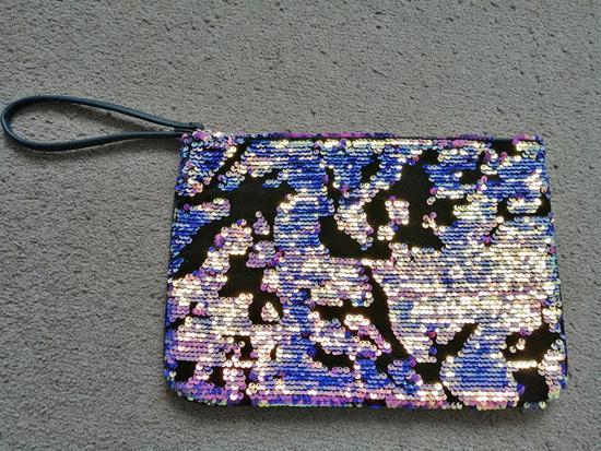 Primark šljokičasta  torbica