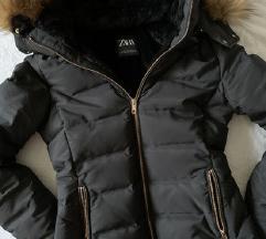 Zara pernata jakna- samo dns179!!!