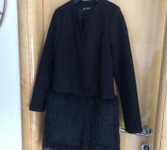 Crni kaput s krznom
