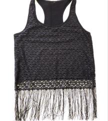 Crni crop top / majica s resicama