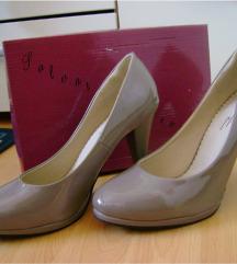SNIŽENO: Nenošene lakirane cipele na petu 39/40