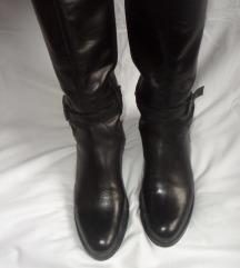 Kožne čizme crne vel. 40