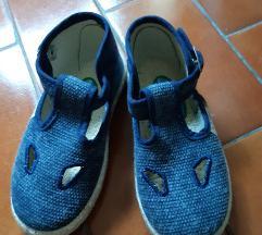 Cipele 26 broja nove