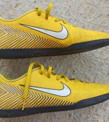 Nike Neymar, vel 42