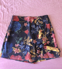 Stradivarius cvjetne suknja/hlače