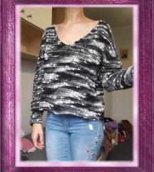 Crno bijeli pulover/džemper, vel. S (36)