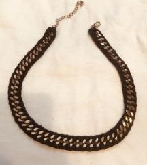 crno zlatni lančić