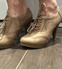 Čizme štikle
