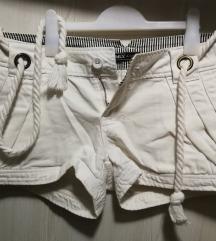 Bijele kratke hlačice Only