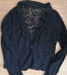Crna i bijela cipkana jaknica