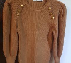Zara pulover s gumbima vel.M