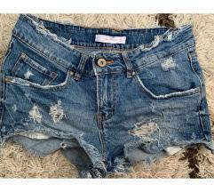 Zara kratke hlačice, 36