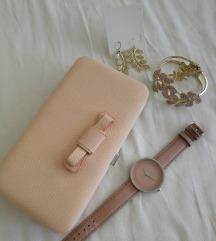 Elegantni, rozi sat