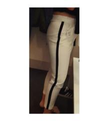 Bijele visoke hlače s mašnom