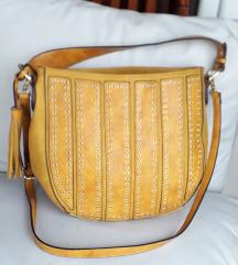 MASS oker-žuta torba sa zakovicama