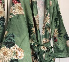 Cvjetni kimono i hlace NOVO