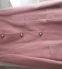 Prekrasni rozi kaput