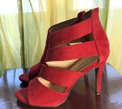 Crvene stikle sandale