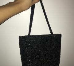 Crna torbica sa perlicama