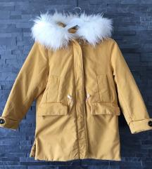 Zara jakna 140