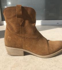 Nove cizme od prave koze NOVO