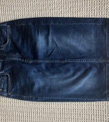Guess suknja SADA 150 kn