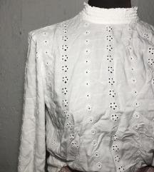 H&M bijela crochet bluza dugih rukava