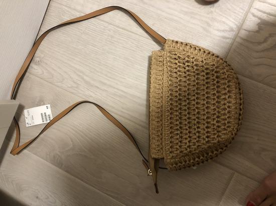 H&M torbica sa etiketom