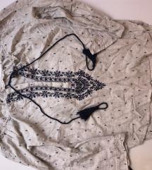 Zara sa uvezima majica